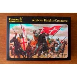 24 figures au 1:72 guerriers médiévaux croisés