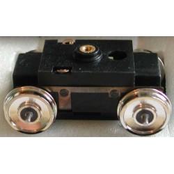 Tenshodo monté. Distance entre axes: 24,5mm, Roues: Pleines, Diamètre roues: 10,5mm