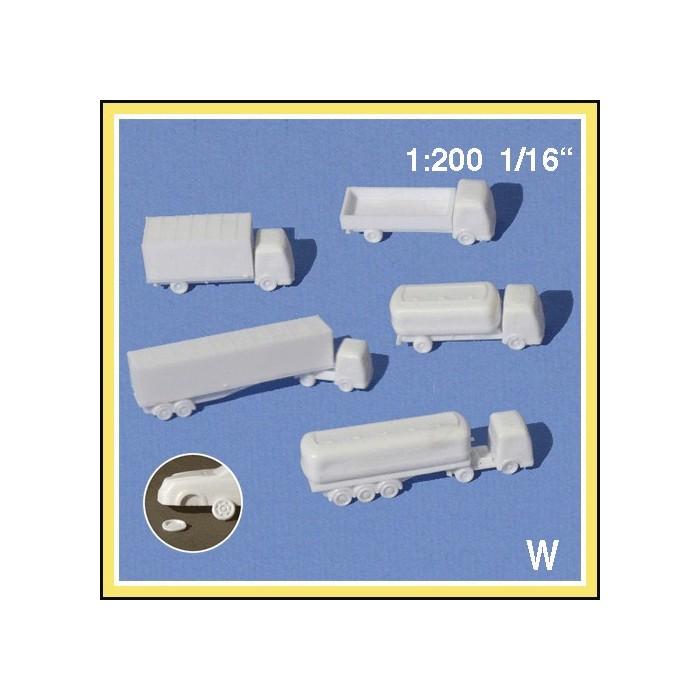 Camions 1:200. 5 camions blancs + pièces détachées à coller