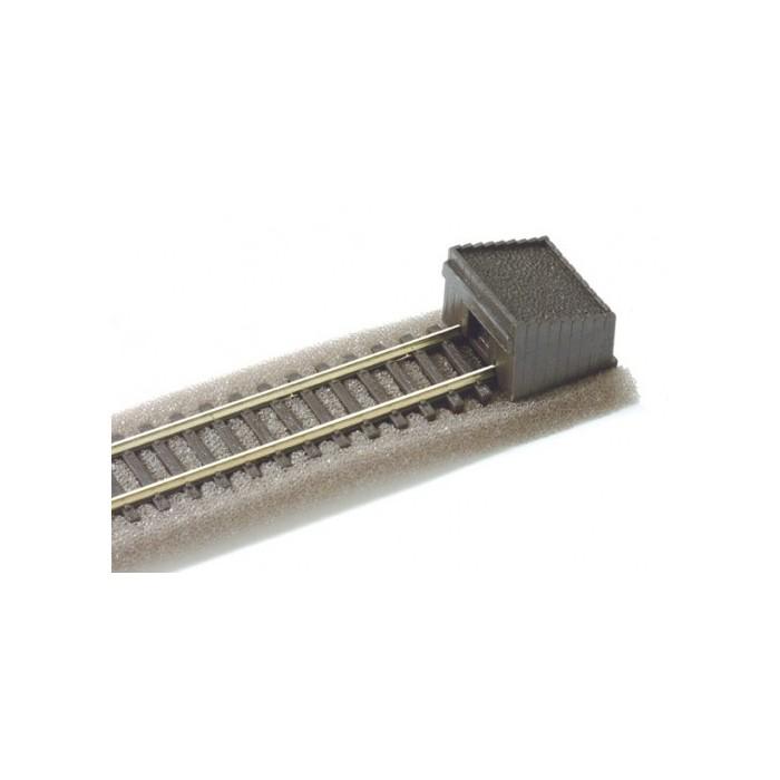 Heurtoir type wagon: butte en bois remplie de terre