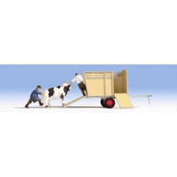 HO / Transport de bœufs. 2 figurines + 1 animal + accessoires